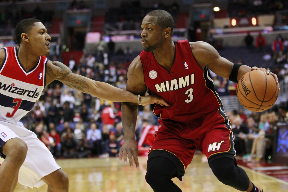Dwyane Wade had it going in the first and third quarters, but the Heat didn't execute late