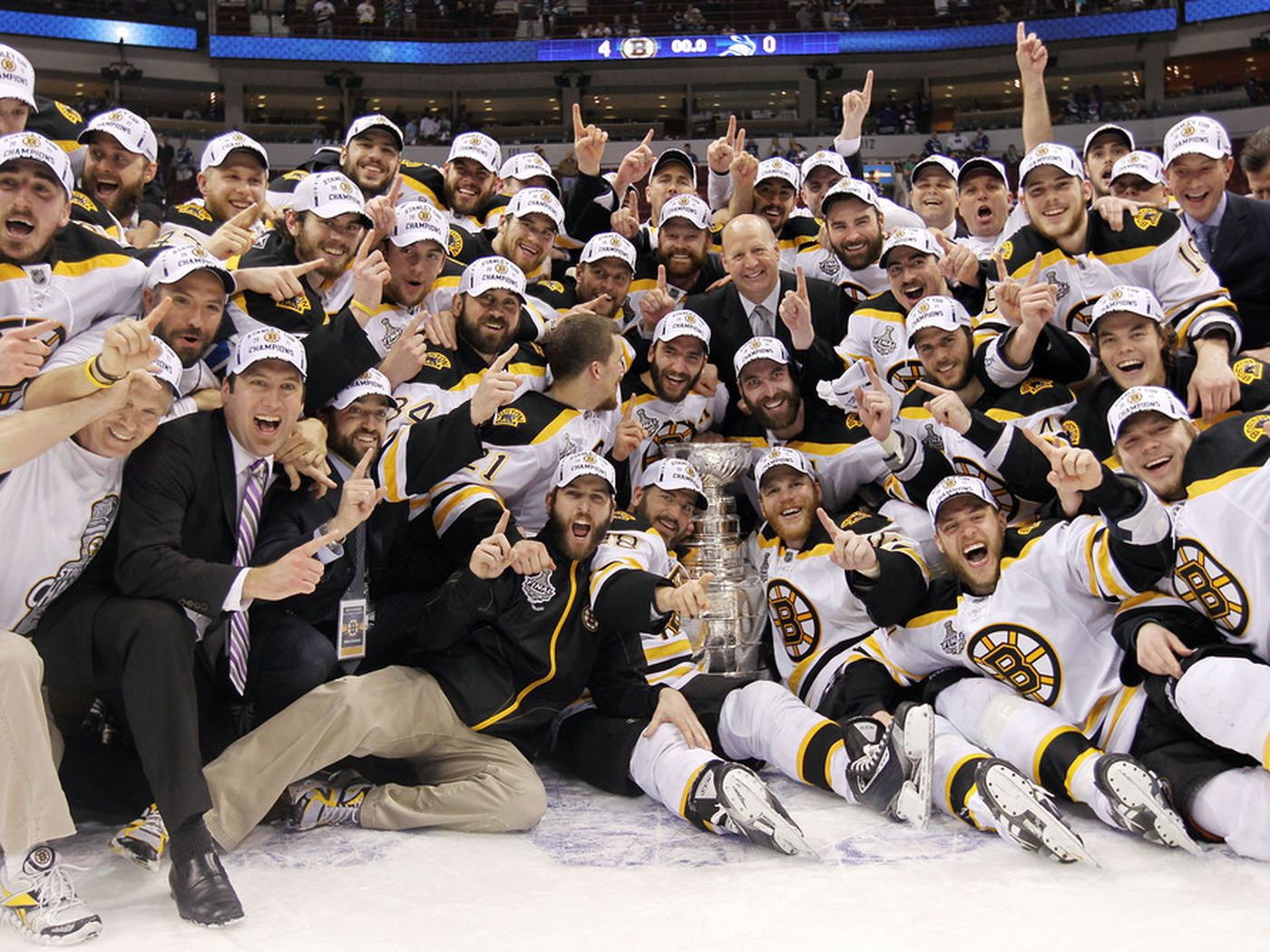 90b7172362c We GOT The Cup!  Bruins clinch Stanley Cup with 4-0 win over Canucks - Stanley  Cup of Chowder