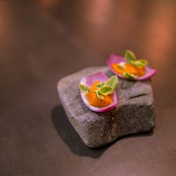 """Sea Urchin with Emerald ice lettuce and purple onions petals from the Rafa Costa e Silva dinner at Atera by <a href=""""http://www.flickr.com/photos/jmoranmoya/8416653971/in/pool-eater/"""">jmoranmoya</a>"""