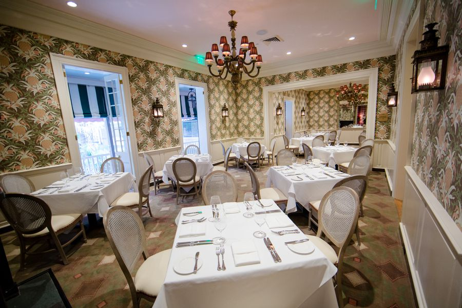 A look inside brennan 39 s now open on royal street eater for Best private dining rooms new orleans
