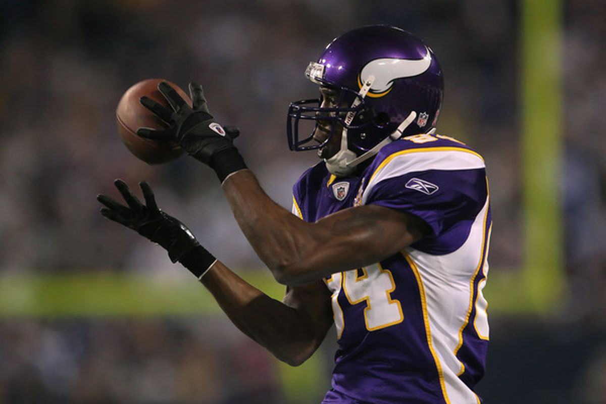 Can one of the best defenses in team history stop Randy Moss and the best offense in league history?
