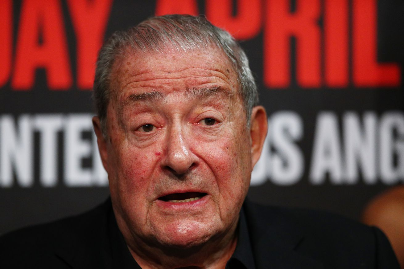 1141763960.jpg.0 - Arum: Teofimo against Lomachenko is a much bigger fight than Mikey Garcia
