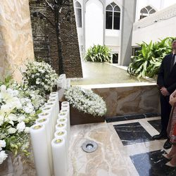 The couple's first stop was the Taj Hotel, scene of Mumbai terror attacks, where they laid a wreath to pay their respects.
