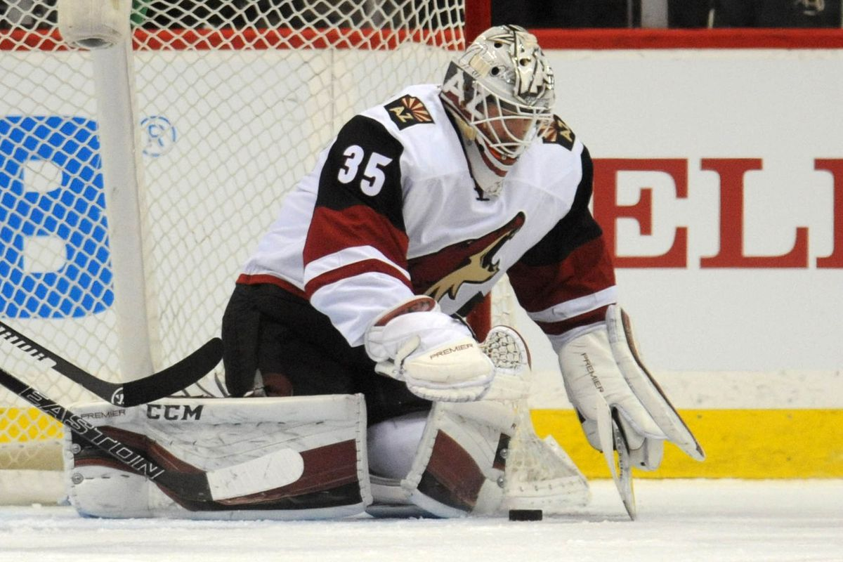 The goalie who makes the fewest boneheaded-moves wins. Apparently.