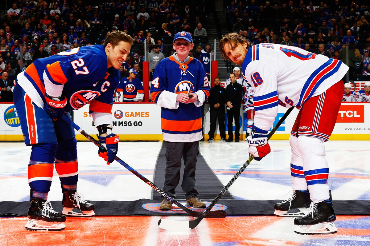 Islanders, Rangers renew New York rivalry at Nassau Coliseum