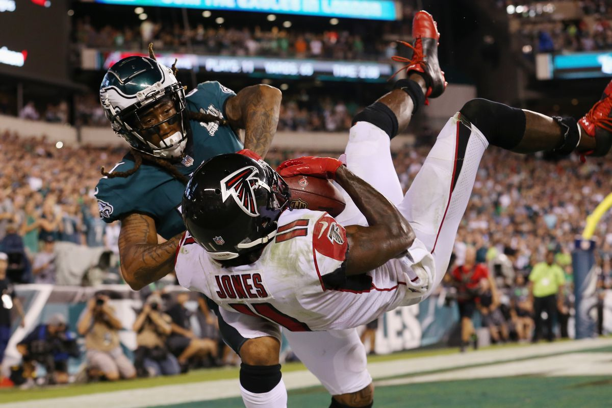 Eagles' defense tasked with containing still dangerous Falcons' offense