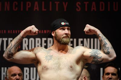 867033296.jpg - Kownacki reportedly headed for fight with Helenius