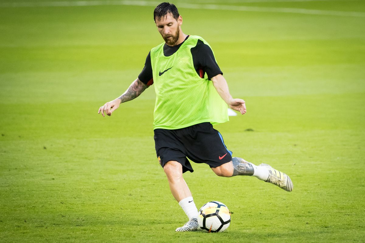 Watch Lionel Messi Hits 20 Targets In 100 Seconds - Barca Blaugranes-7476