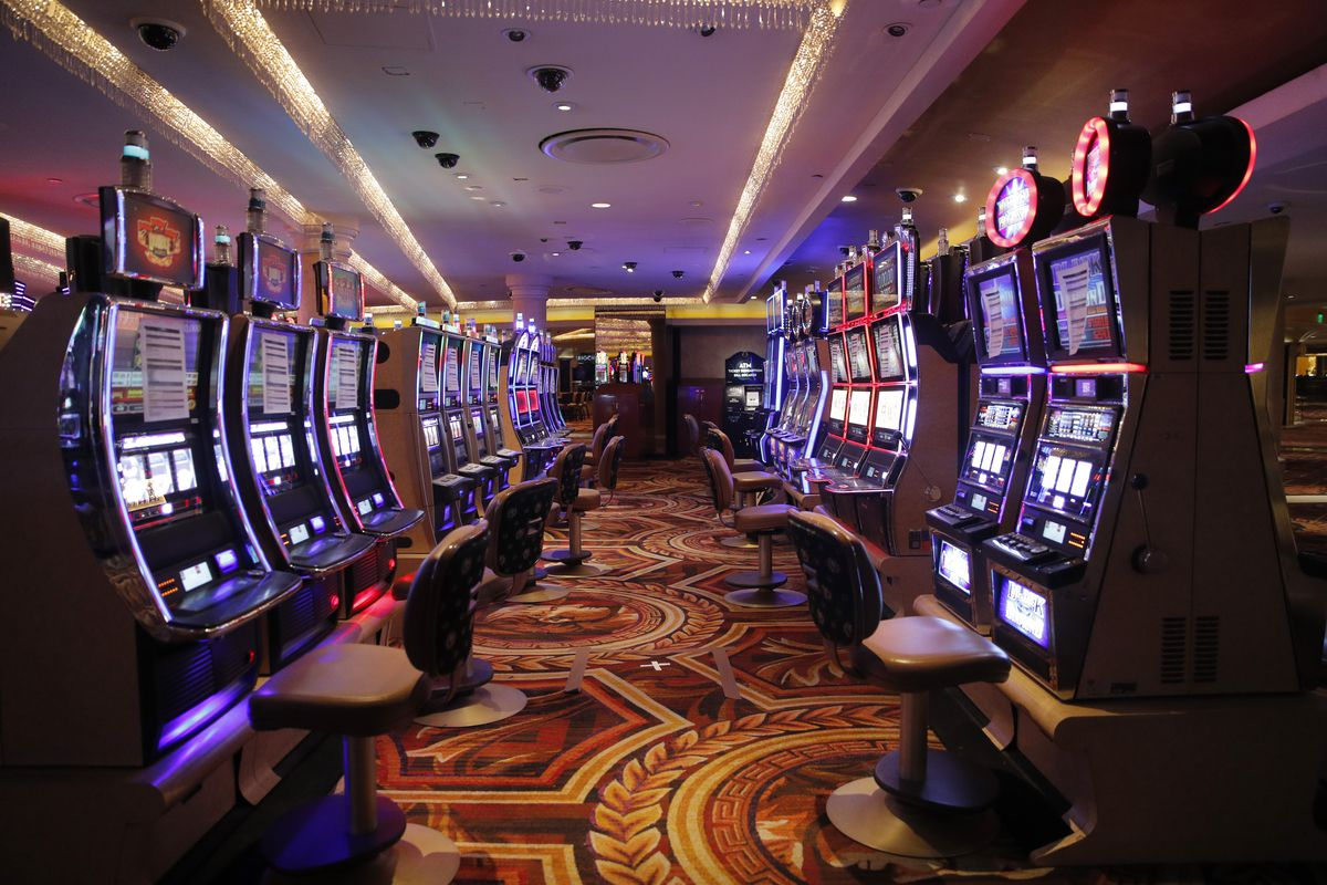 Las Vegas casinos set to reopen June 4 with disinfected dice, no buffets -  Chicago Sun-Times