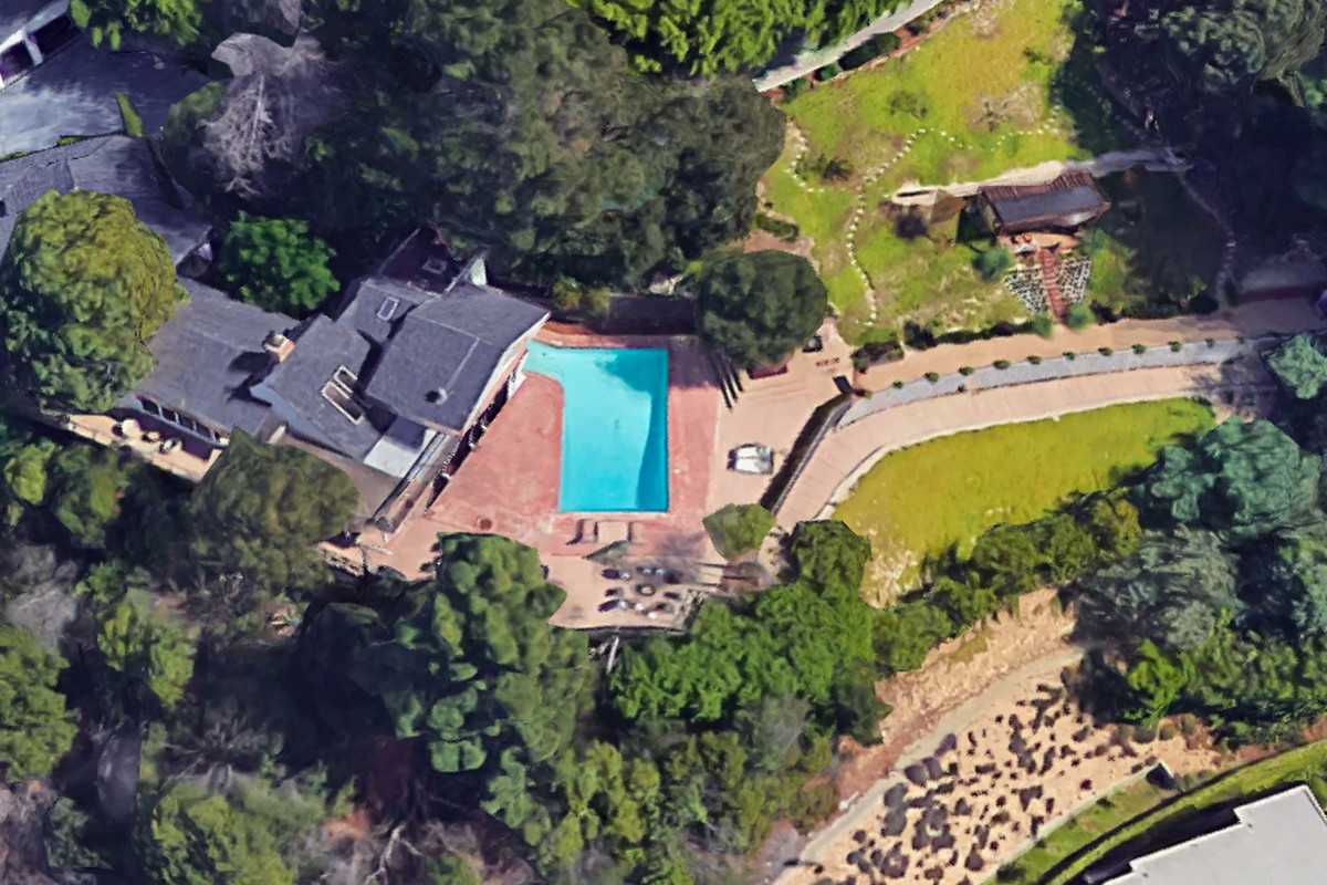 Bel Air home tied to Paul Manafort reportedly an Airbnb