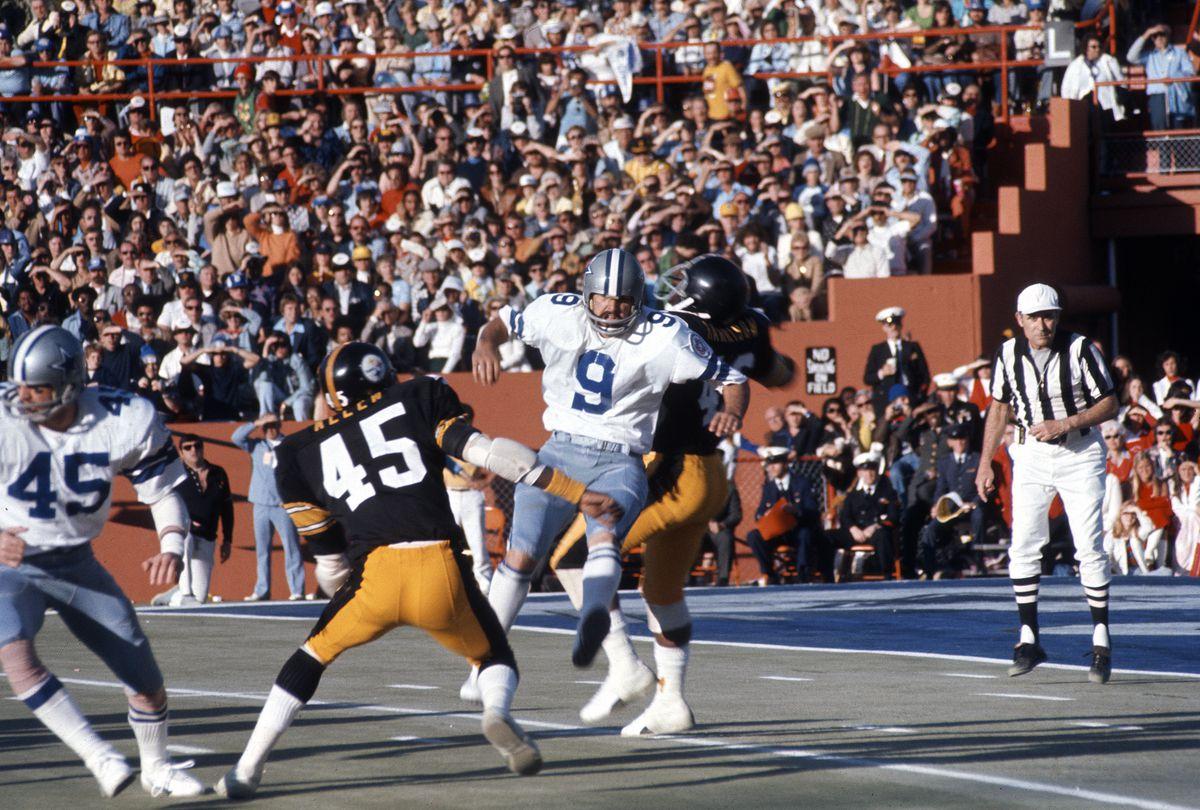 Super Bowl X - Dallas Cowboys v Pittsburgh Steelers