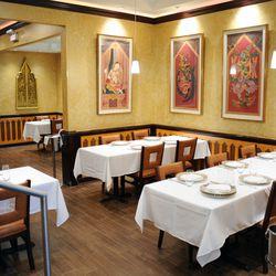 Interior of the Arun's Thai Restaurant. | Victor Hilitski/For the Sun-Times