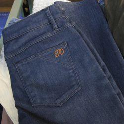 Pocket detail on a Ravin sample