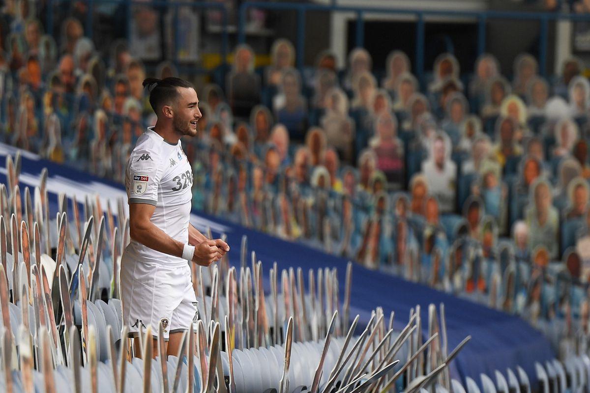 Leeds United v Fulham - Sky Bet Championship