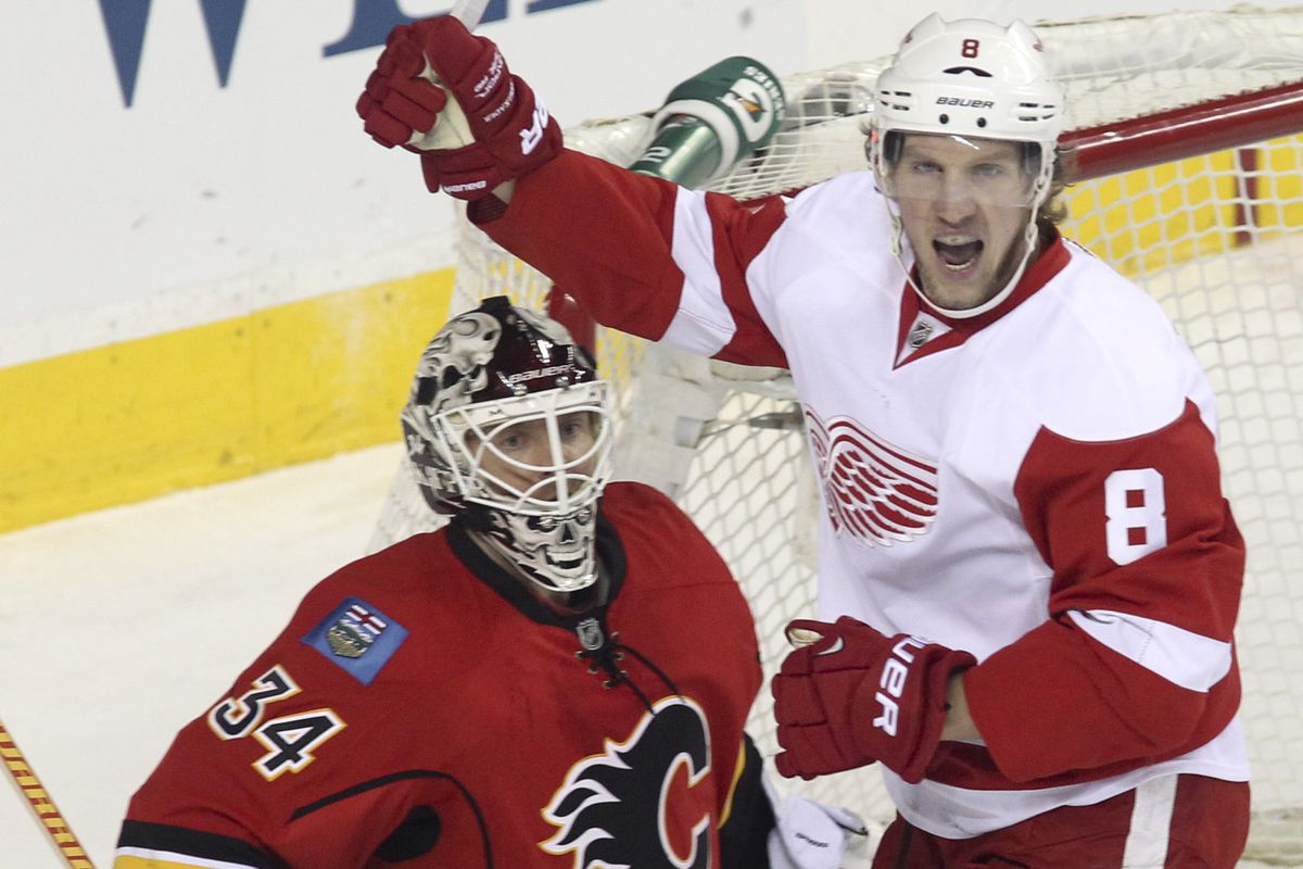 Who will have more goals after tonight, Zetterberg (9) Franzen (9) Abdelkader (9) or Cleary (9)?