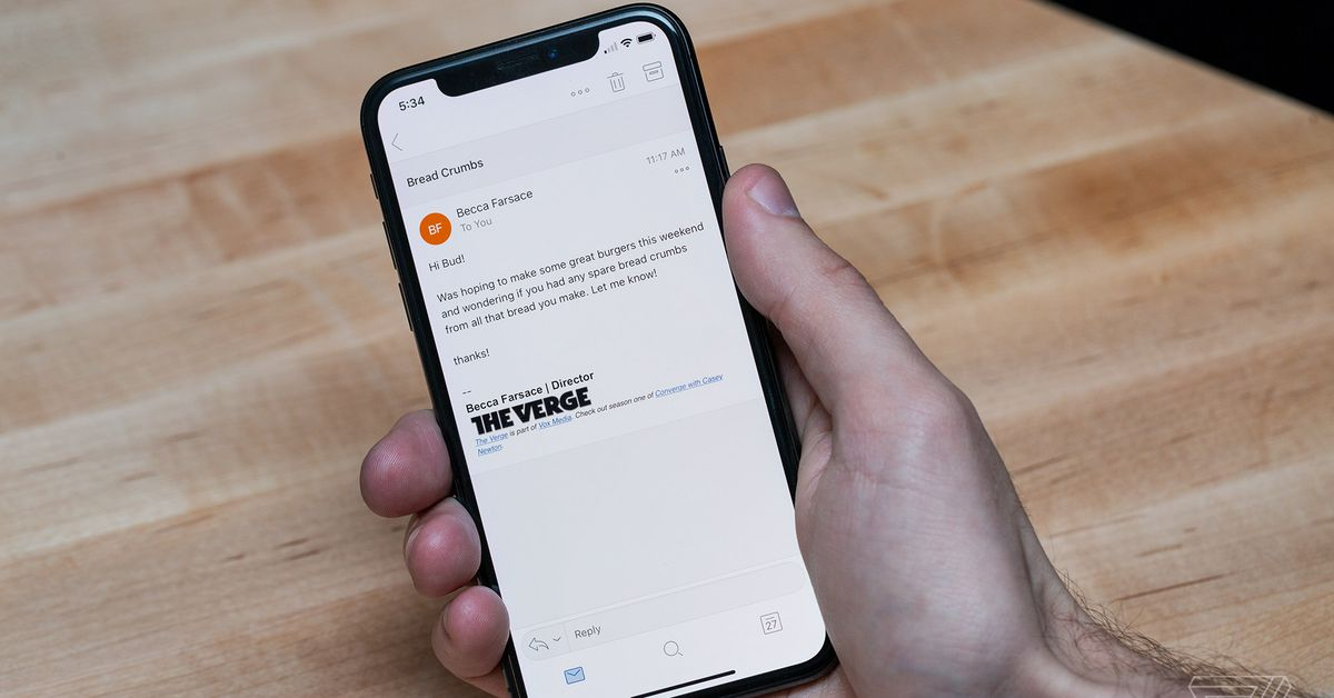 Microsoft Outlook can now be set as default mail app on iOS 14 – The Verge