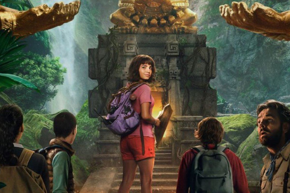 Nickelodeon Unveils First Look At Dora The Explorer Live