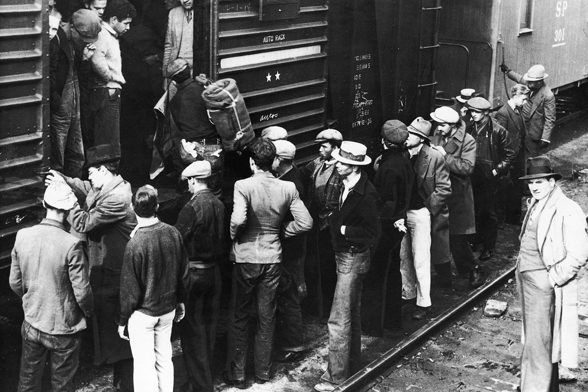 These hobos are being shipped away from Los Angeles in 1936. Many local police forces tried to simply kick out the hobos, leaving the more permanent problem for private railroad police.