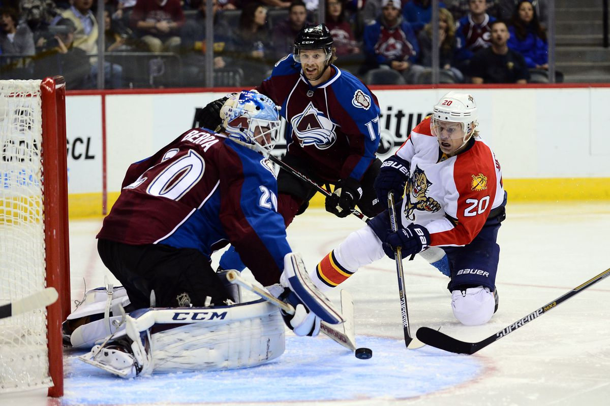 Reto Berra of the Avalanche stops a shot by Florida's Sean Bergenheim in the 3rd period.