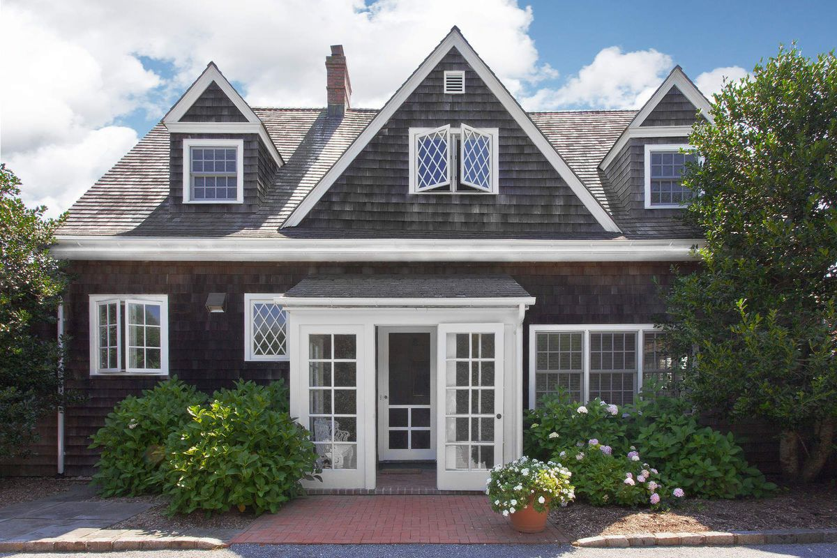 The Original Grey Gardens Carriage House In East Hampton