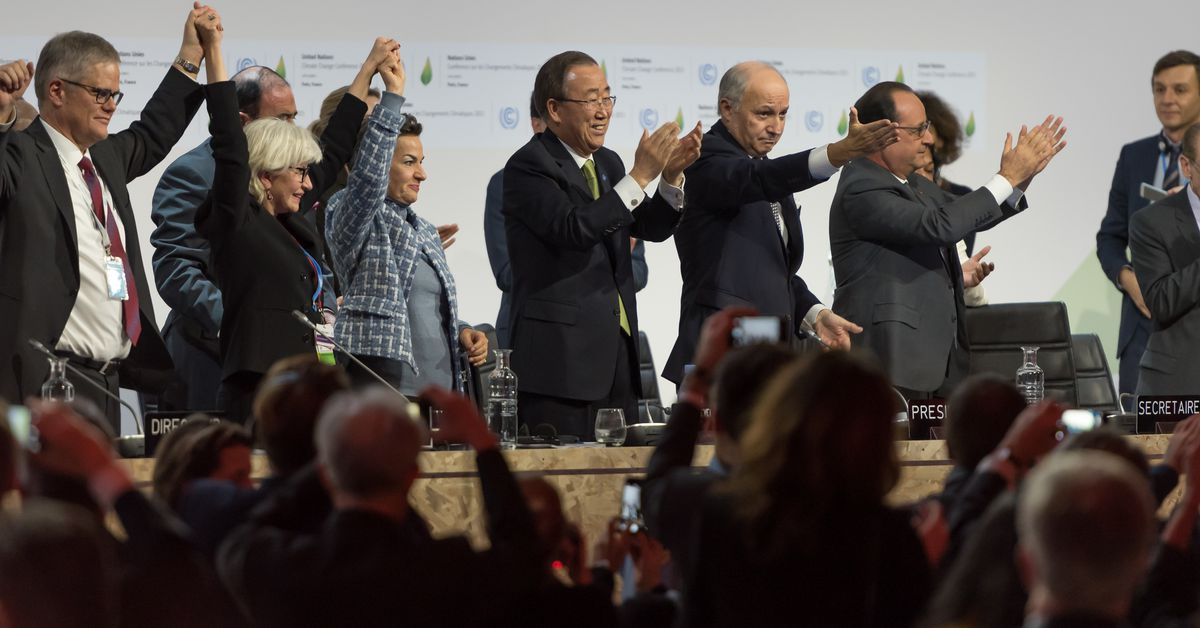 The US will abandon a worldwide climate agreement on November 4th thumbnail