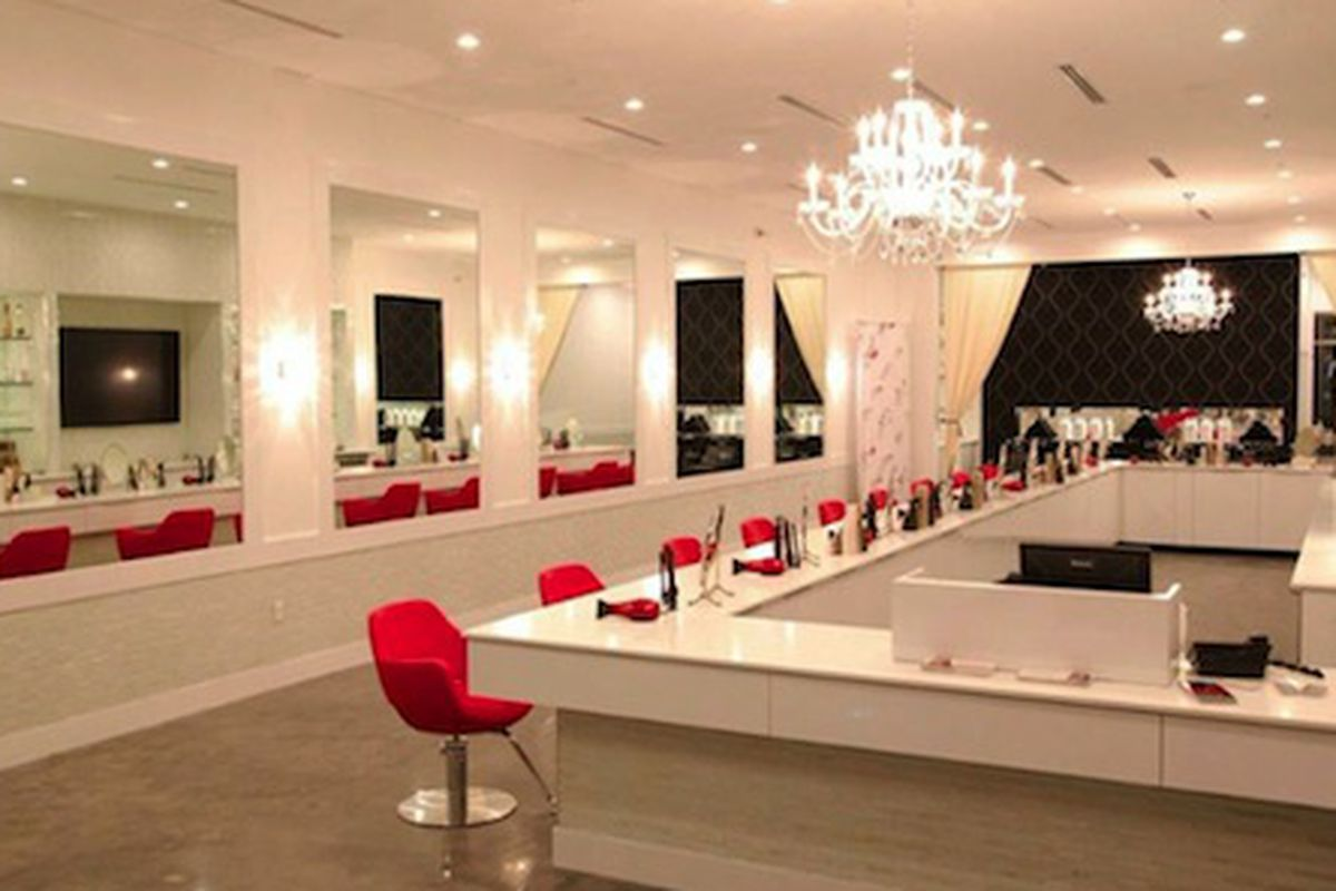 """The Presidio Heights <strong><a href=""""http://cherryblowdrybar.com"""">Cherry Blow Dry Bar</a></strong> will look a lot like this. Courtesy photo."""