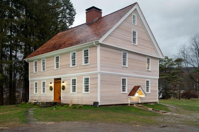 3 Colonial Houses With Revolutionary War Connections For Sale