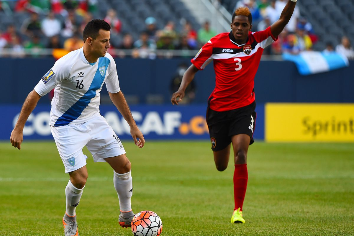 Marco Pappa leads Guatemala against Mexico.