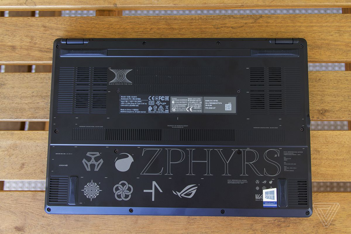 The bottom of the Asus Zephyrus G14 ACRNM.
