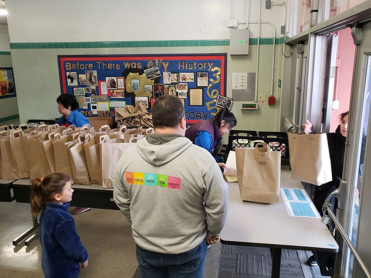 Meal pickup at one of SFUSD's distribution sites