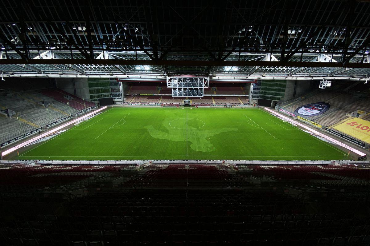 1. FC Kaiserslautern v Hansa Rostock - 3. Liga