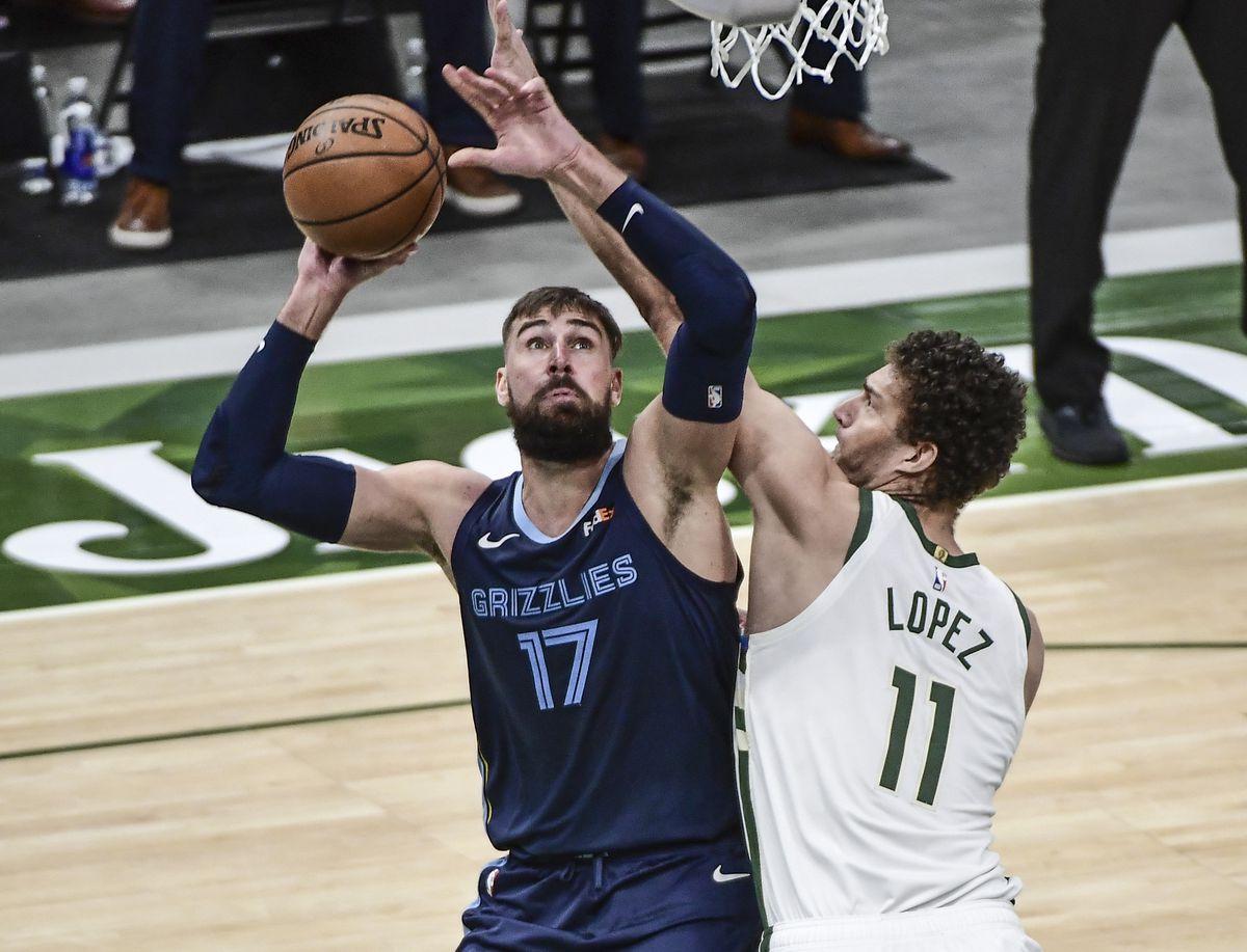 NBA: Memphis Grizzlies at Milwaukee Bucks