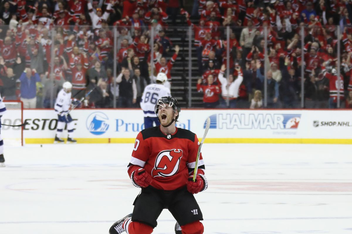 No Sweeps  New Jersey Devils Rose Above Tampa Bay Lightning in 5-2 ... 400d2afd6