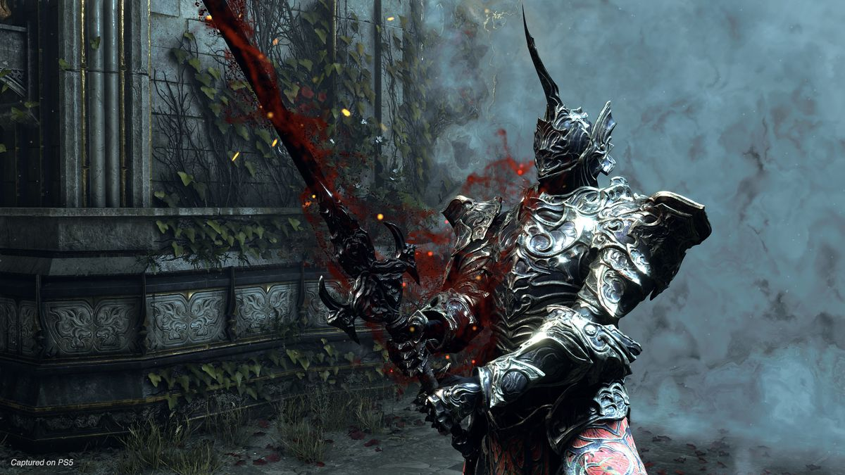 A screenshot of the Penetrator boss holding his sword from Demon's Souls