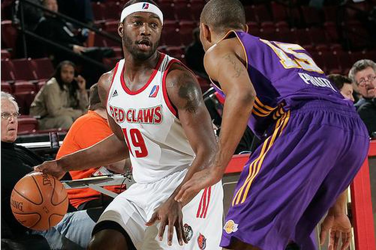 Mario West being guarded by Gabe Pruitt last week at the D-League Showcase