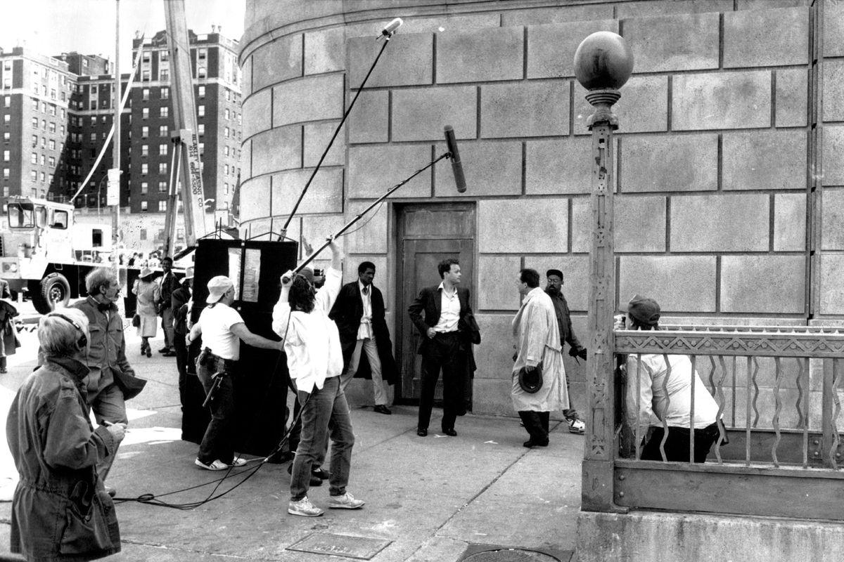 De Palma on the set of '<em>Bonfire of the Vanities'</em> (GettyImages)