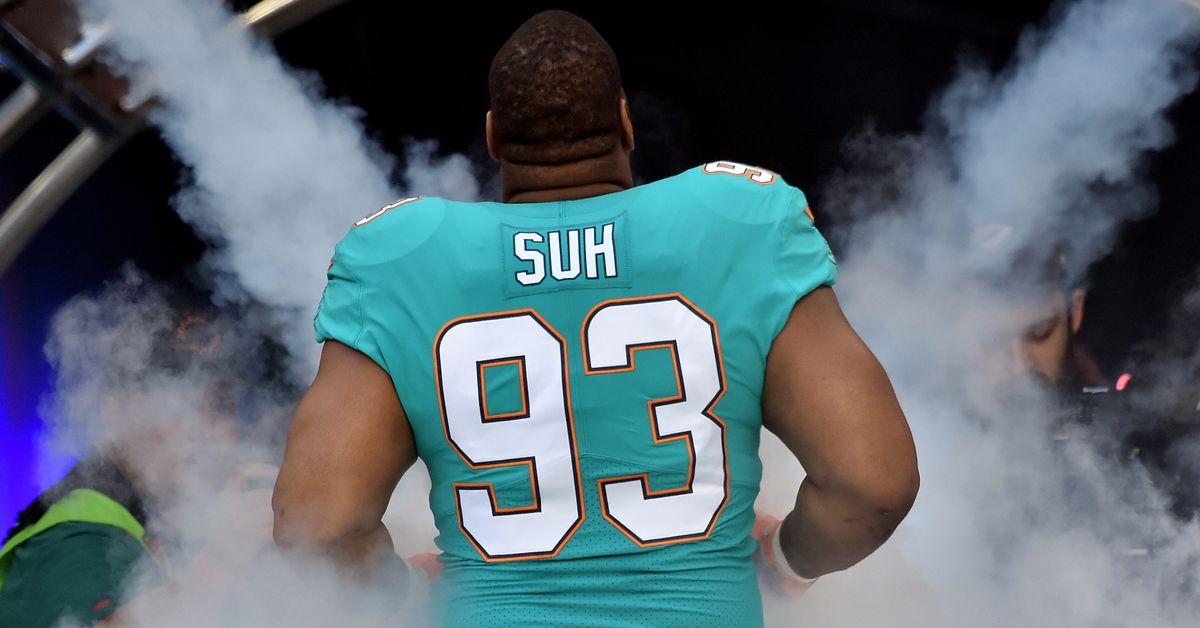Report: Ndamukong Suh to visit with the Titans