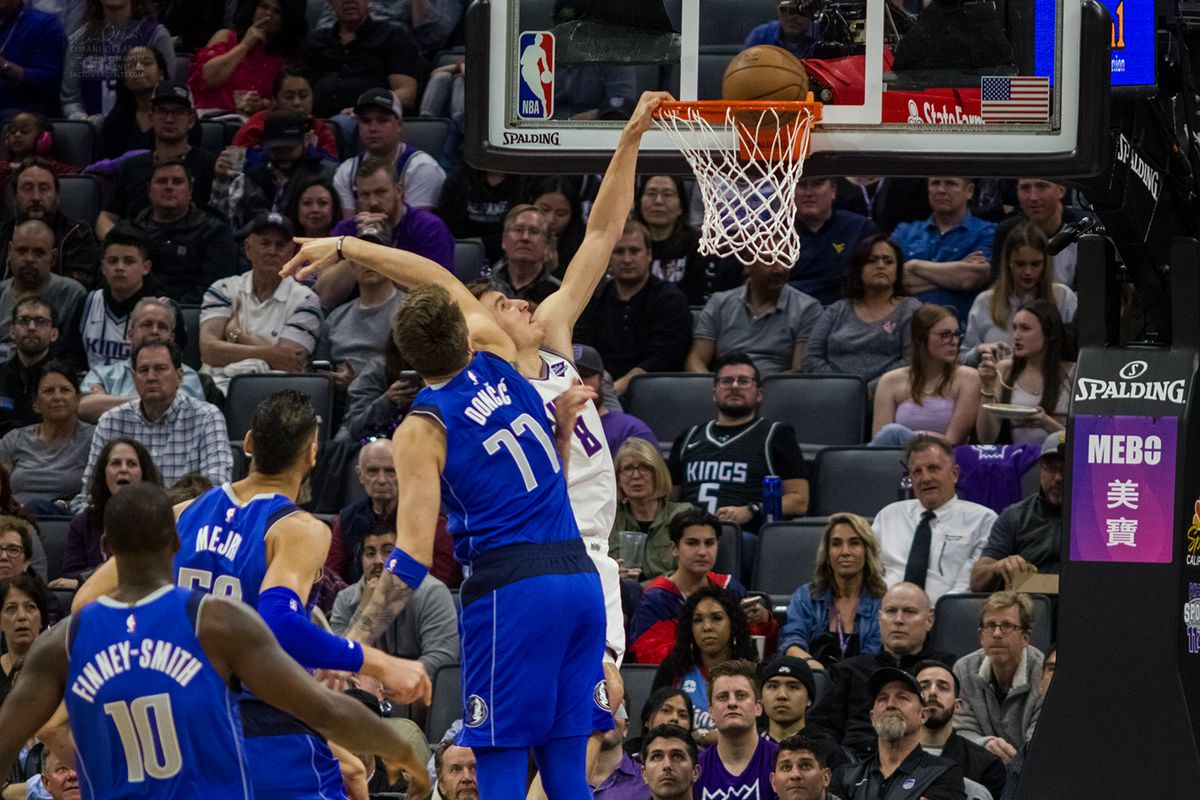 Kings 116, Mavericks 100: Taking Care of Business