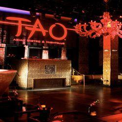 "TAO Nightclub, Las Vegas [<a href=""http://taolasvegas.com/decor-space/"">Photo</a>]"
