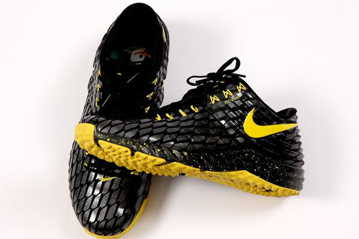 3f8836389aed Oregon Ducks Baseball Gets Mike Trout Nike Shoes - Addicted To Quack