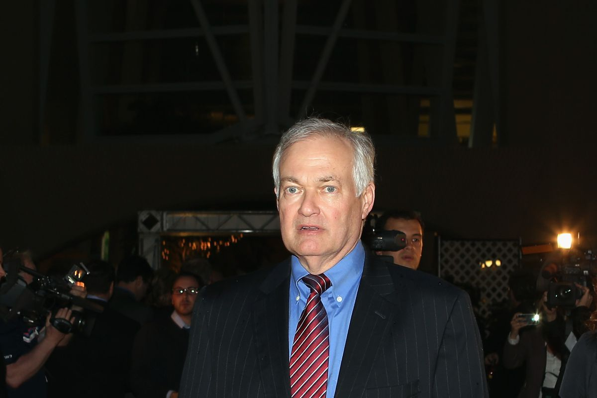NHLPA Executive President Donald M. Fehr represents the players who wish to move up the start date to NHL free agency.