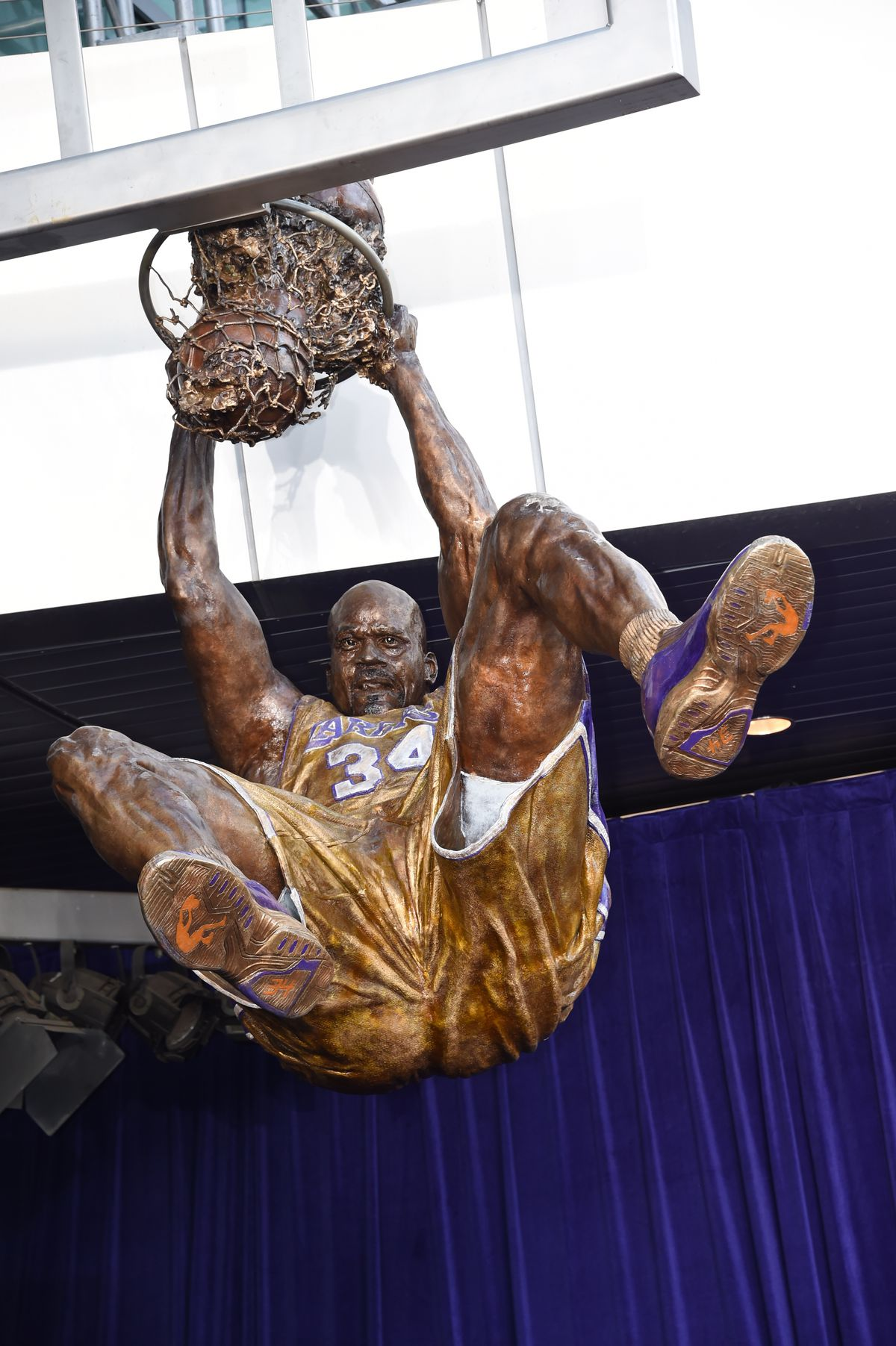 Lakers to Honor Shaq with Statue | Los Angeles Lakers |Shaquille Oneal Statue