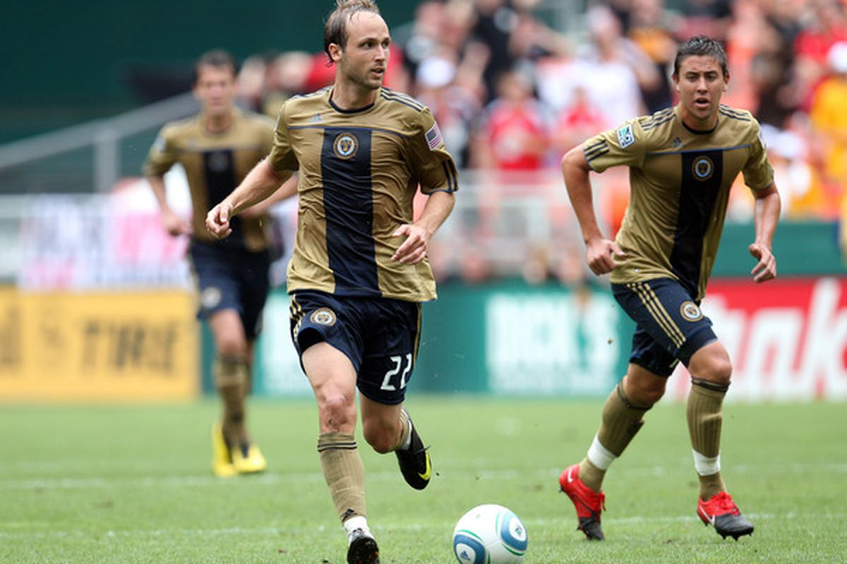 WASHINGTON - AUGUST 22: Justin Mapp #22 of Philadelphia Union controls the ball against D.C. United at RFK Stadium on August 22 2010 in Washington DC. (Photo by Ned Dishman/Getty Images)