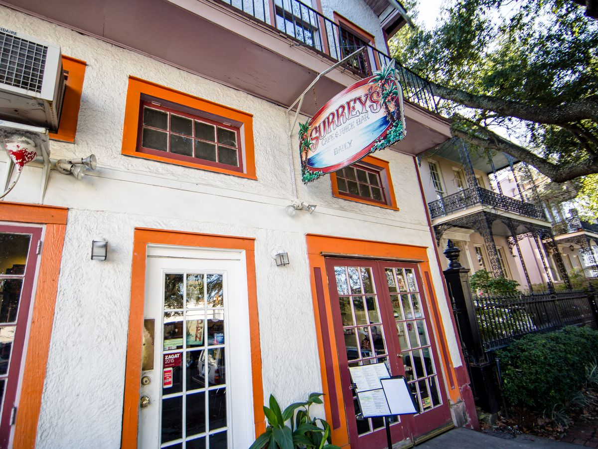 A guide to dining in the lower garden district lgd - New orleans garden district restaurants ...