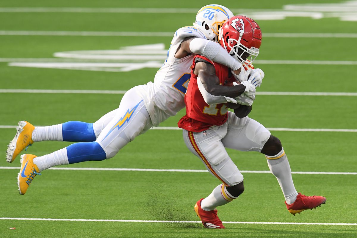 Kansas City Chiefs v Los Angeles Chargers