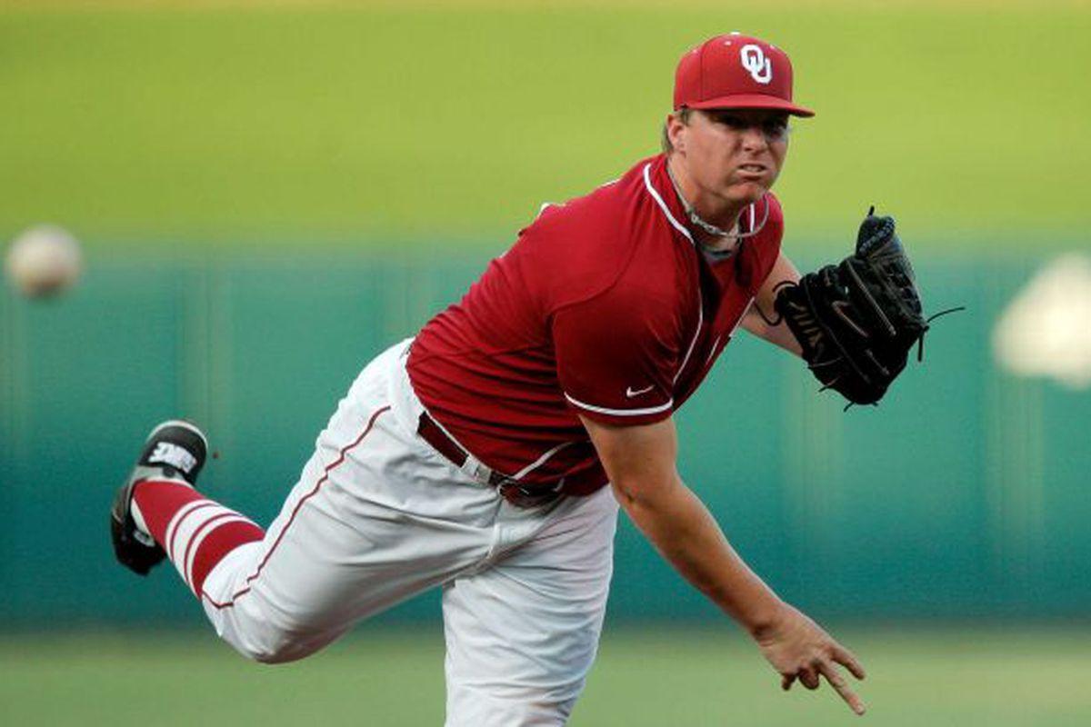 "Oklahoma starters Jonathan Gray (above) and Jordan John held Baylor to just 1 run in nineteen innings of baseball on Saturday. Photo via <a href=""http://ww1.hdnux.com/photos/13/04/67/2903524/7/628x471.jpg"">ww1.hdnux.com</a>"