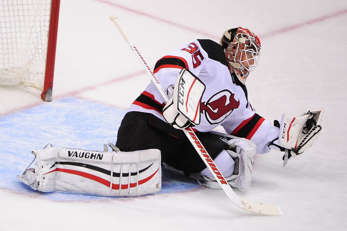 9abe035cc Cory Schneider Steals 2-1 Win for New Jersey Devils Against Carolina  Hurricanes