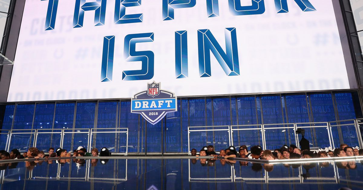 """Chad Reuter, NFL.com, proposes Colts and Packers as """"Day 1"""" NFL draft trading partners that """"make sense"""""""