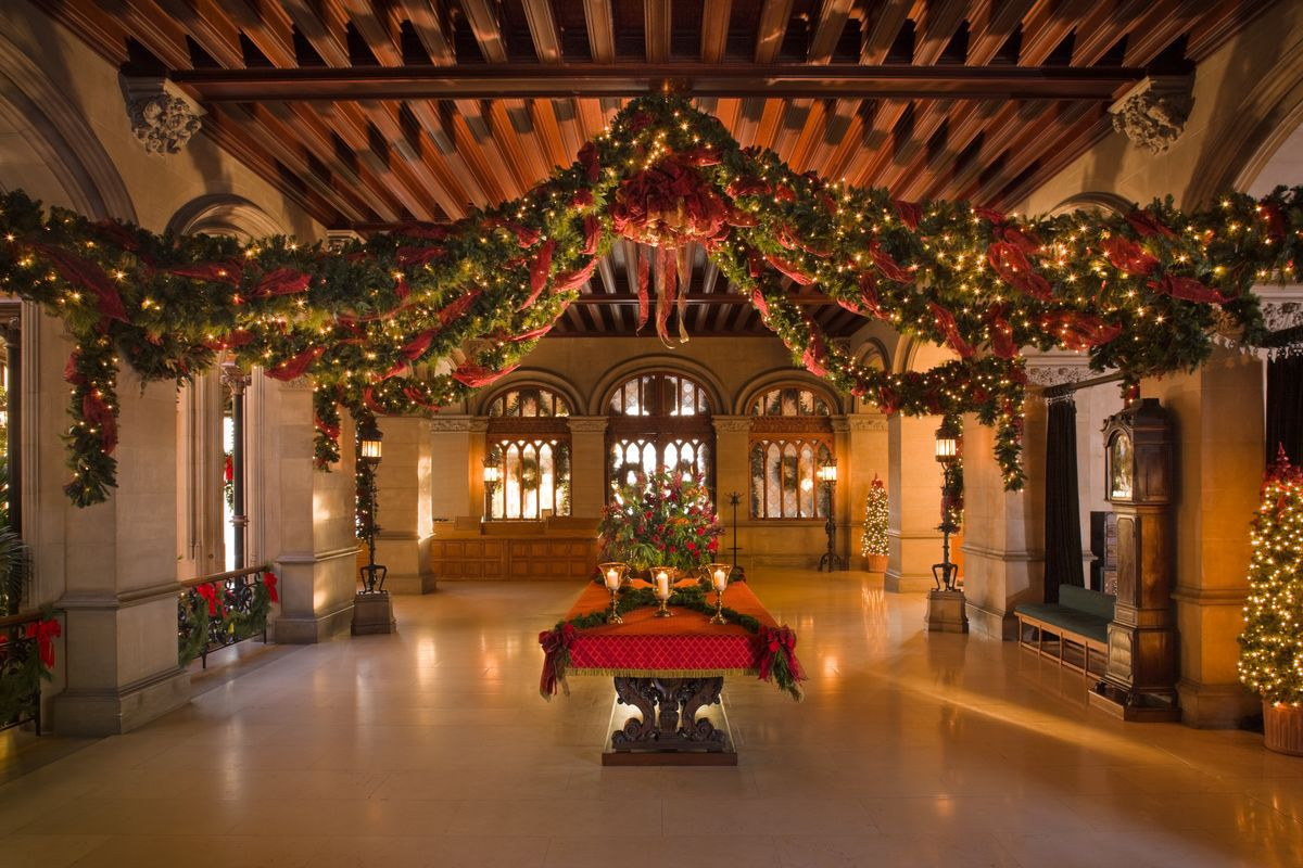 Christmas Decorations At Biltmore America S Largest House