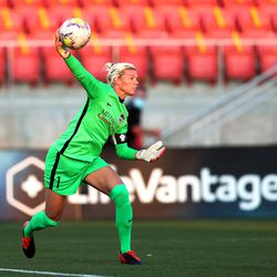 Houston Dash keeper Jane Campbell throws the ball back into play as the Utah Royals and the Houston Dash play in the Challenge Cup quarterfinals at Zions Bank Stadium in Herriman Utah on Friday, July 17, 2020.